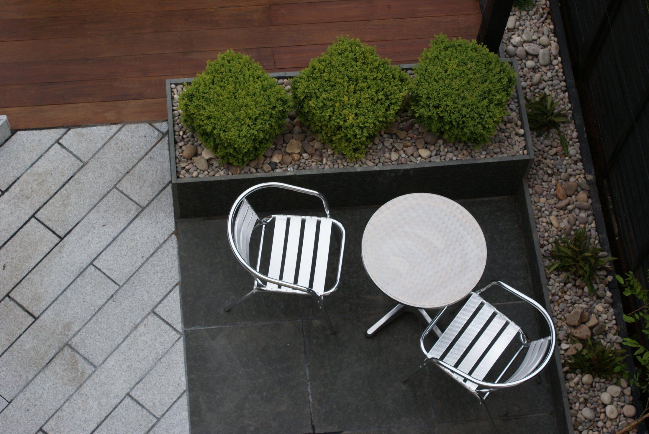 Contemporary garden design in hardwood and granite