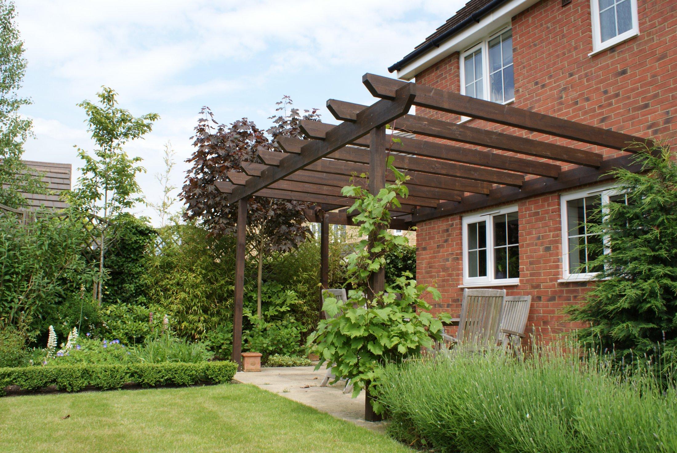 Bespoke garden pergola in Cambourne, Cambridgeshire