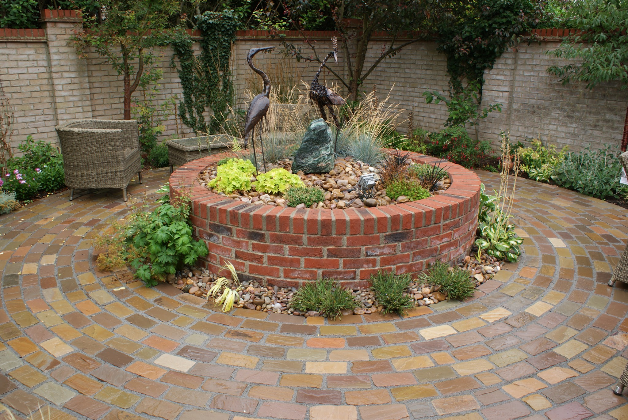 Courtyard garden design with water feature