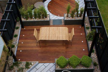 Ultra modern hardwood and granite garden design